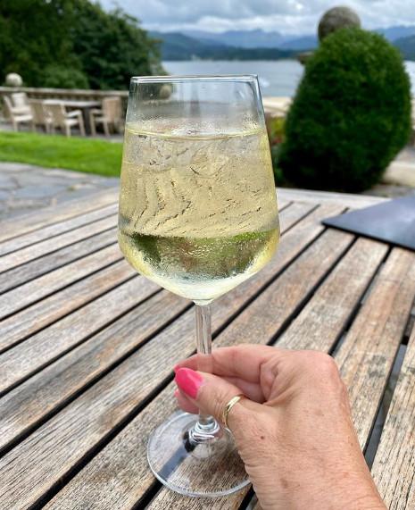 Met een wijntje is alles lekkerder